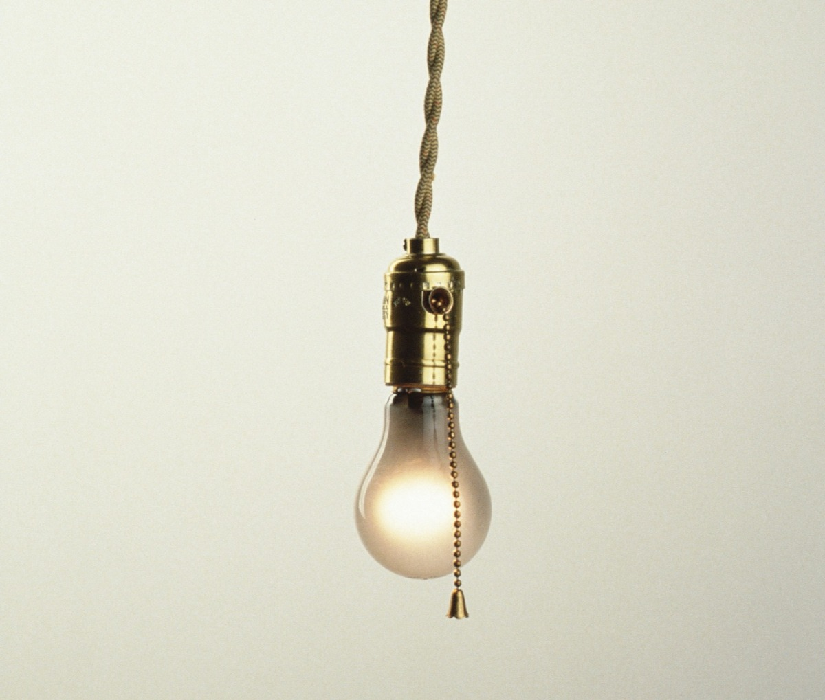 Elektrik Dağıtım Şirketlerinin Tüketicilerden AldığıBedeller